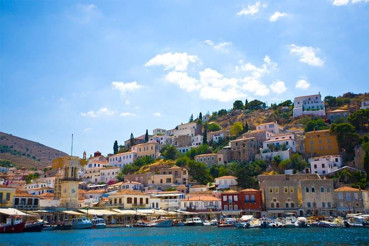 Hydra is een leuk Grieks eiland voor stellen.