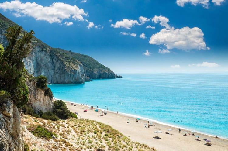 Witte stranden op Milos